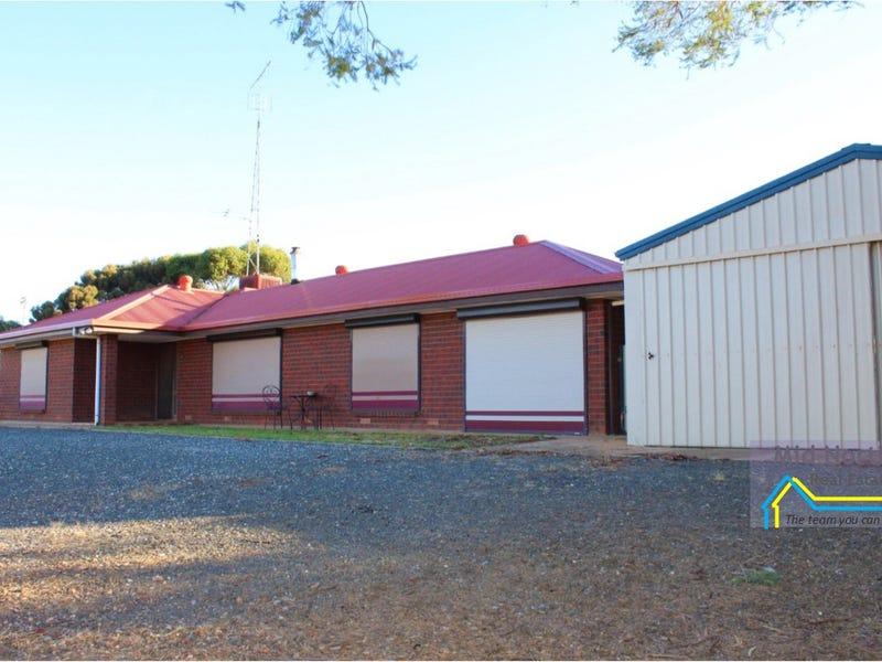 2508 Black Springs Road, Robertstown