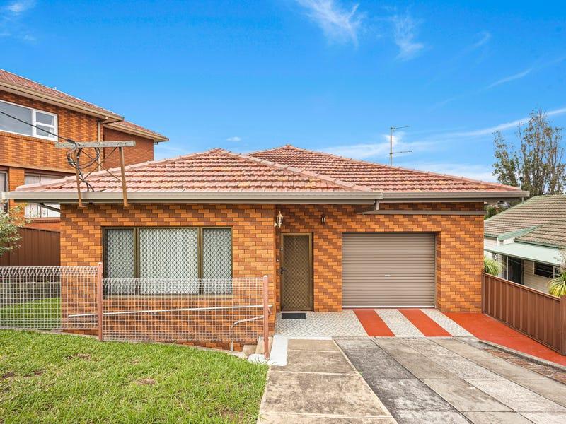 11 Karrabah Crescent, Lake Heights, NSW 2502