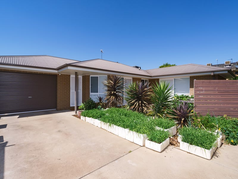 2/27 Day Street, Wagga Wagga, NSW 2650