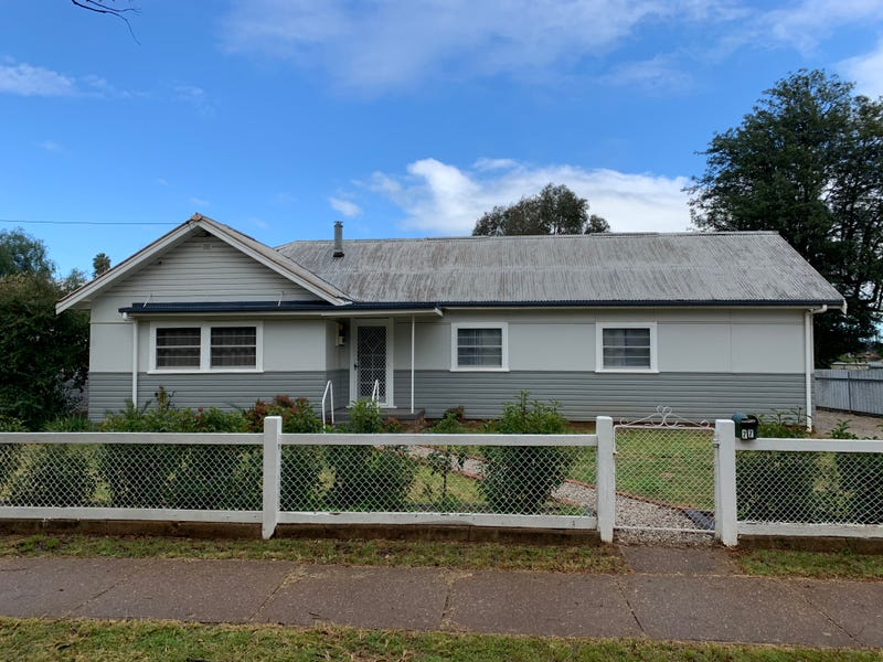 77 Simpson Street, Wellington, NSW 2820