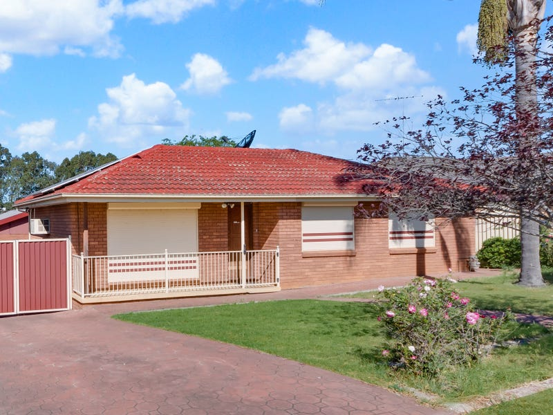 26 Queenscliff Drive, Woodbine, NSW 2560