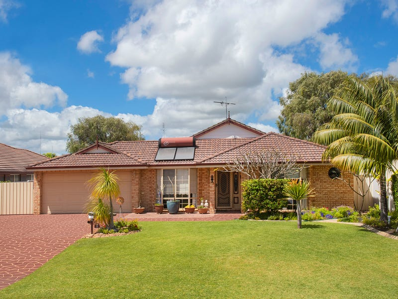 8 Coral Crescent, Broadwater, WA 6280