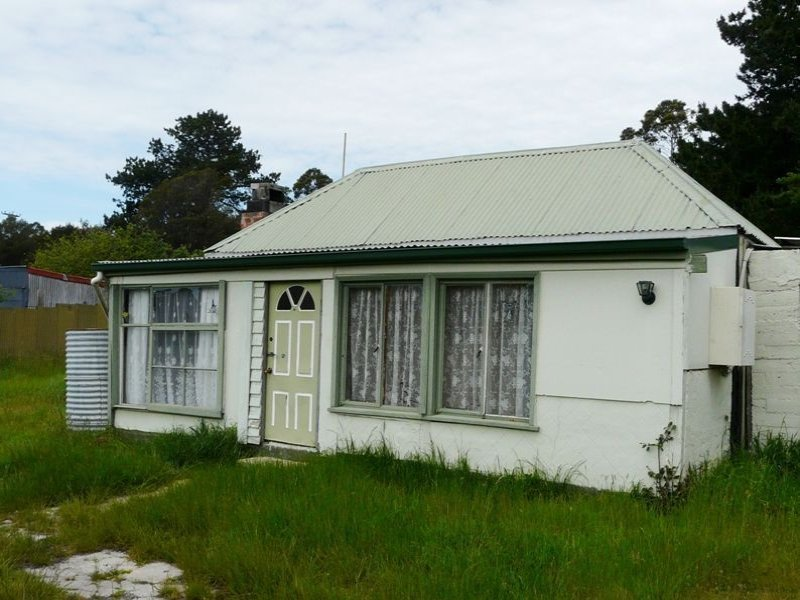 4 Powell Street, Lefroy, Tas 7252
