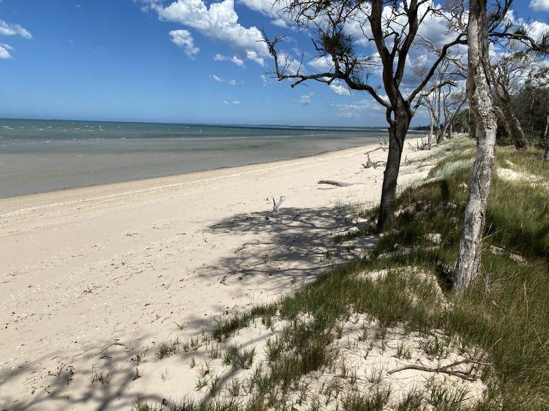 37 Beach Dr, Burrum Heads, Qld 4659