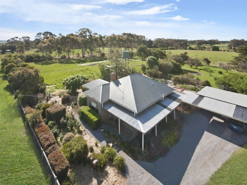 71 Byaduk School Road, Hamilton, Vic 3300