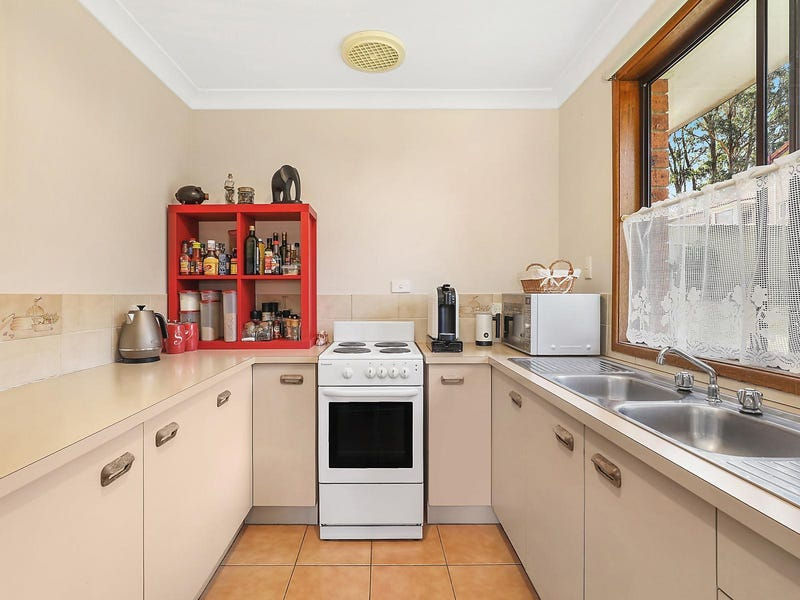 7 George Evans Close, Wentworth Falls, NSW 2782