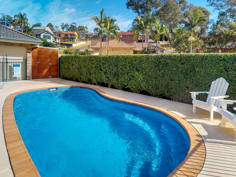 12 Courageous Close, Marmong Point, NSW 2284