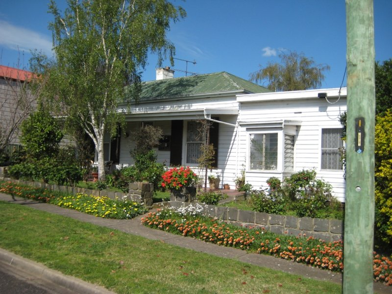 16 Heckfield St, Macarthur, Vic 3286