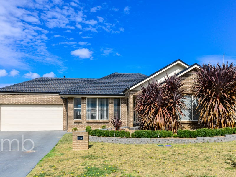 2 Jade Avenue, Orange, NSW 2800
