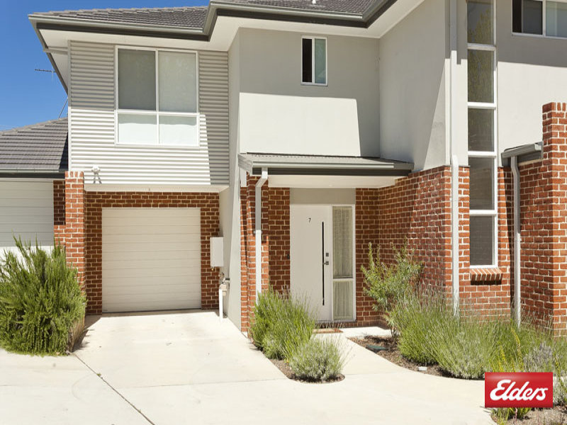 7/44-48 Blackman Crescent, Macquarie, ACT 2614