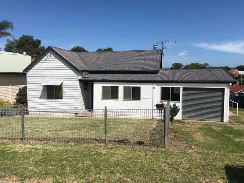 17 Little Church St, Bega, NSW 2550