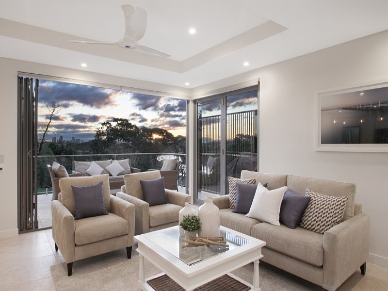 2 Peppermint Grove, Seaforth, NSW 2092