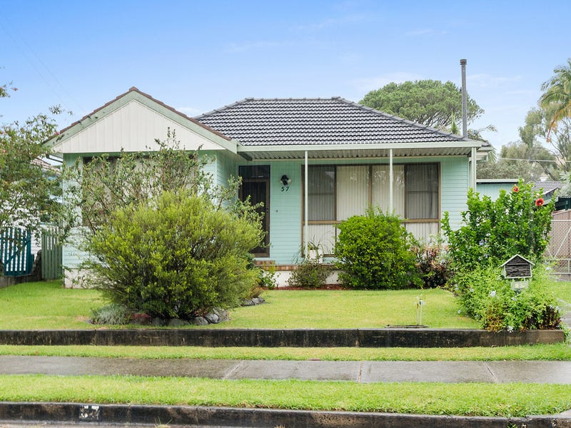 57 Parkside Drive, Dapto, NSW 2530