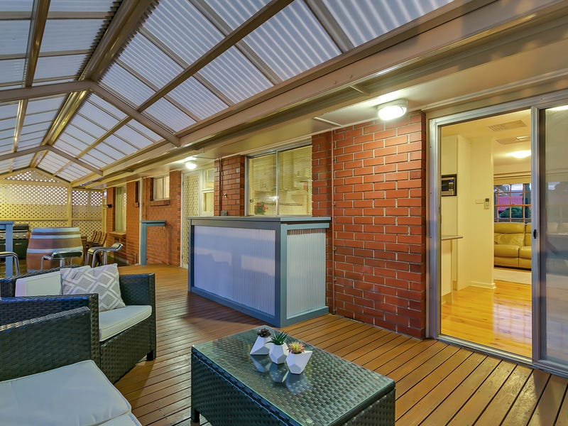 30 Boronia Drive, Hope Valley, SA 5090