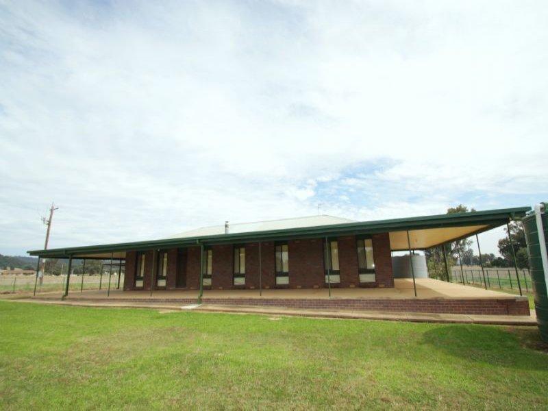 216 Ashford Road, Gregadoo, NSW 2650