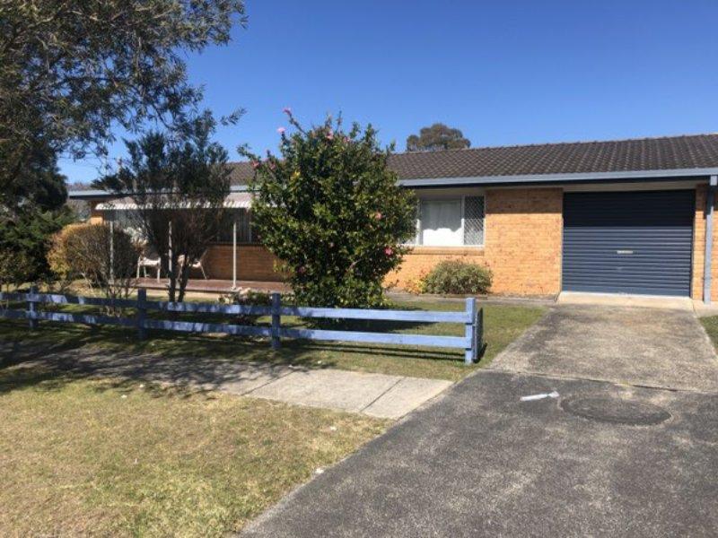 10 Norman Street, Toukley, NSW 2263