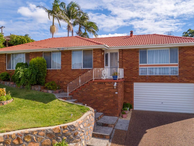 18 Alhambra Avenue, Macquarie Hills, NSW 2285