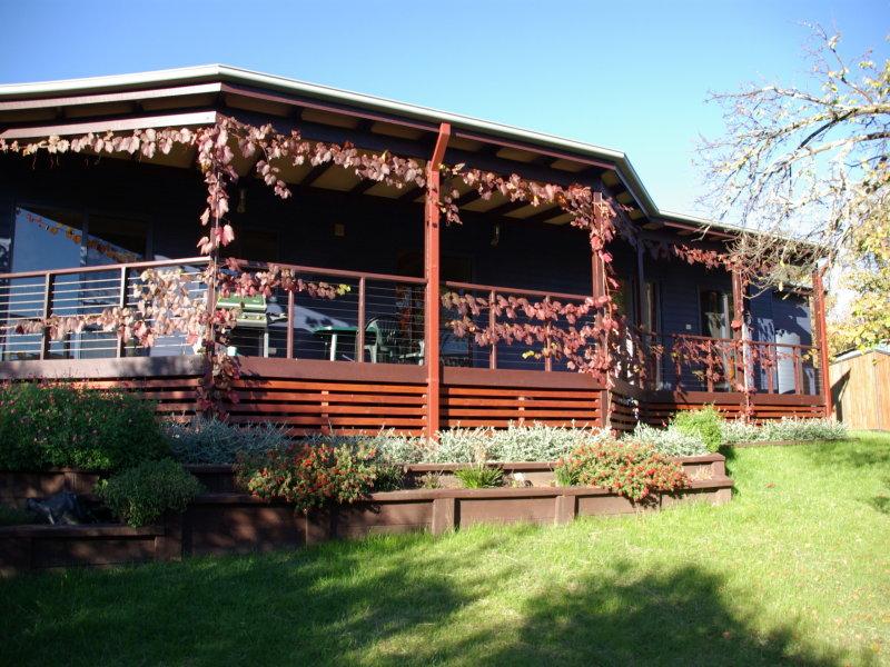 16 mitchell avenue, Khancoban, NSW 2642