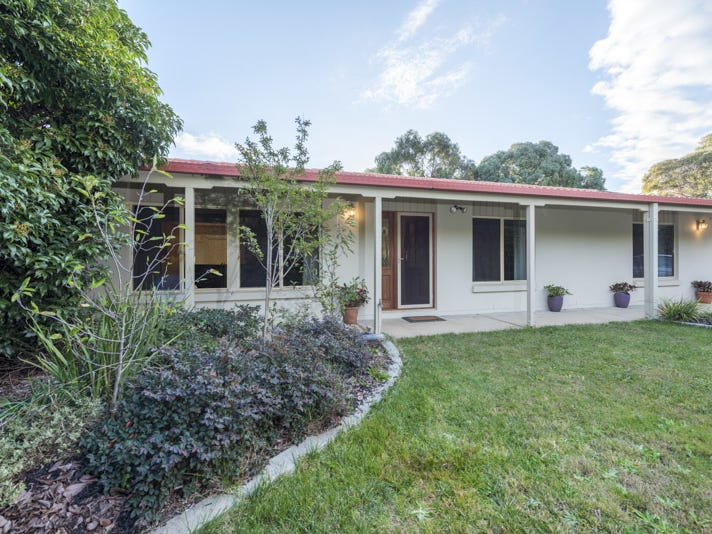 70 Diamantina Crescent, Kaleen, ACT 2617