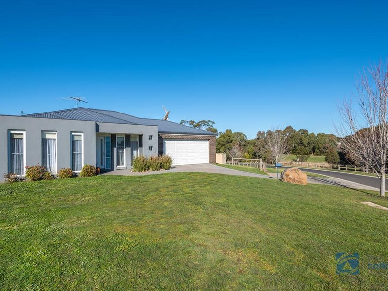 5 Natures Run, Kilmore, Vic 3764