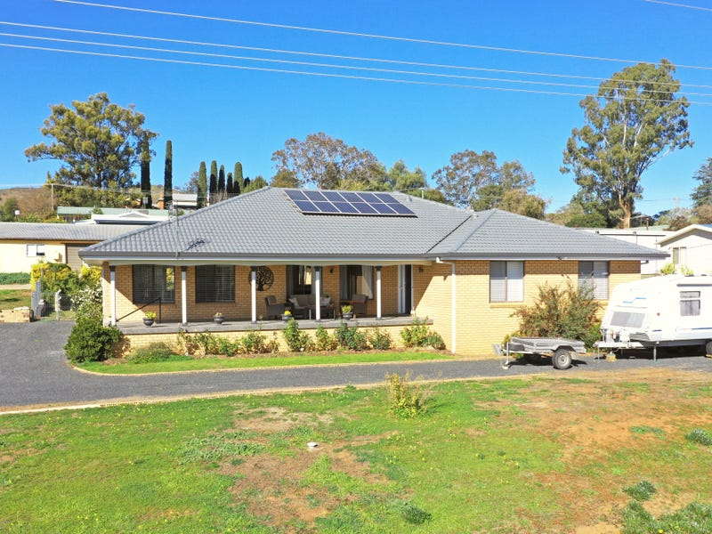 35 Luke Street, Gundagai, NSW 2722