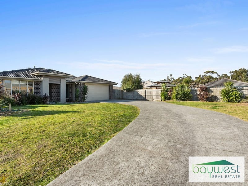 8 Lachlan Court, Hastings, Vic 3915
