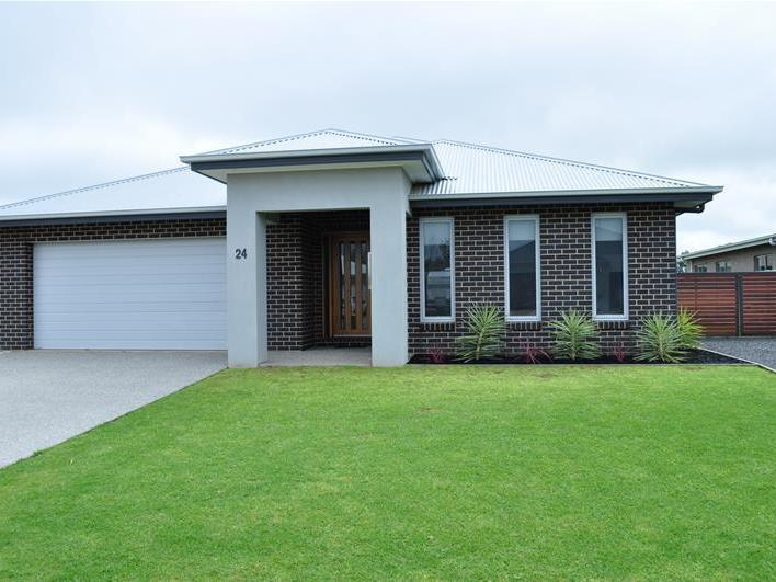 24 Heather Circuit, Mulwala, NSW 2647