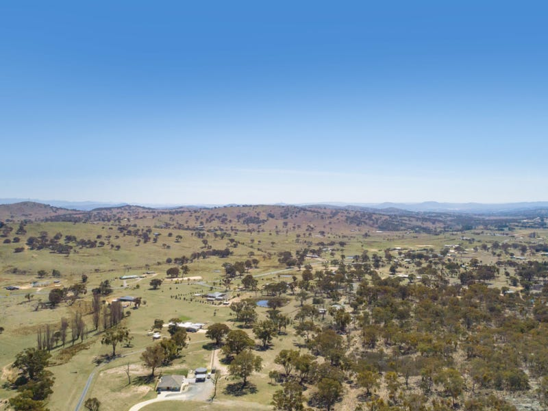 15 Francis Lane, Royalla, NSW 2620
