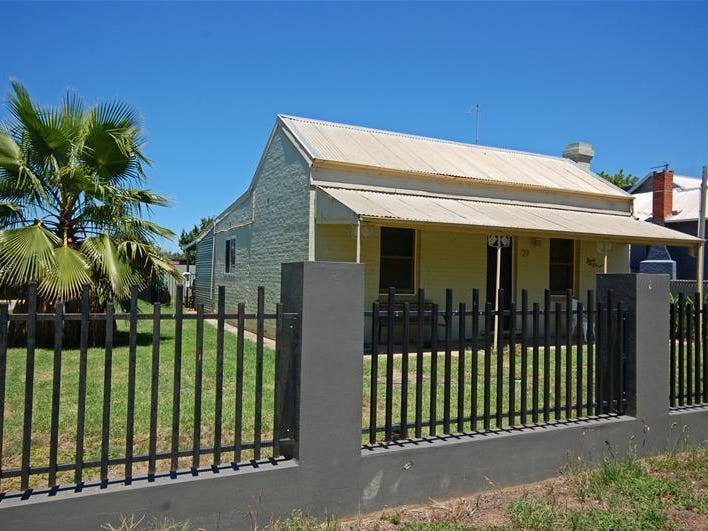 39 Mill  Street, North Wagga Wagga, NSW 2650