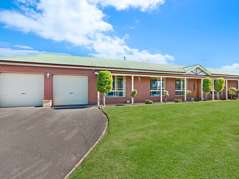 19 Vickers Drive, Warrnambool, Vic 3280