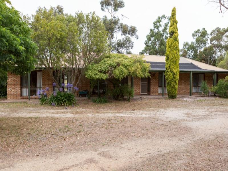 6068 SOUTH GIPPSLAND Highway, Longford, Vic 3851