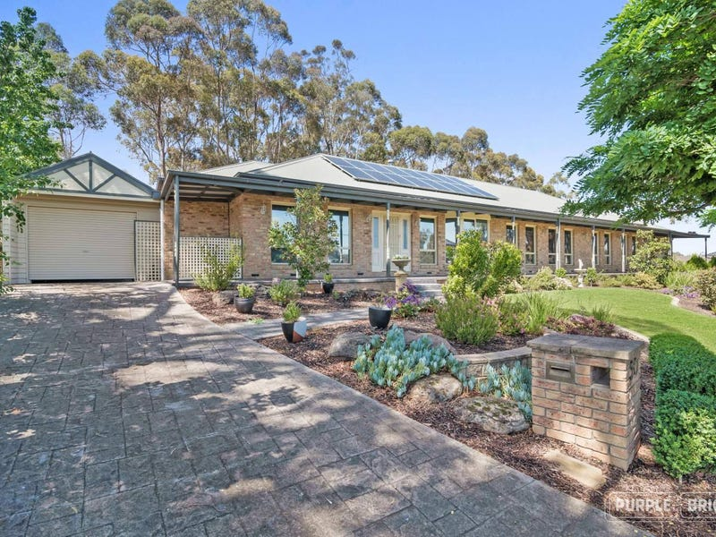 51 Mclaughlans Lane, Plenty, Vic 3090