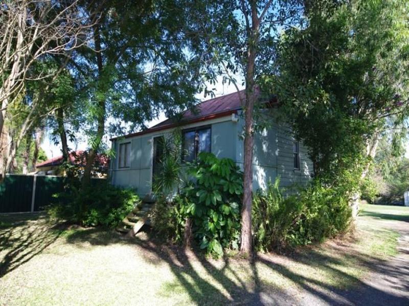 13 Woodlands Drive, Thornlands, Qld 4164