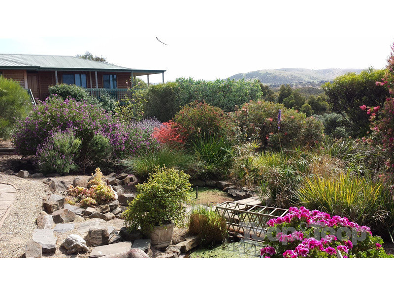 29 Valley View Road, Victor Harbor, SA 5211
