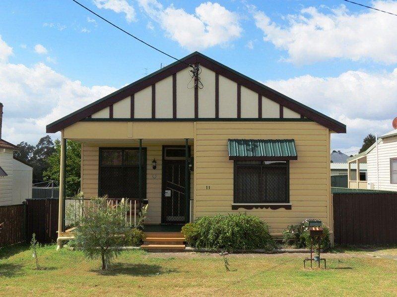 11 Daniel Street, Cessnock, NSW 2325