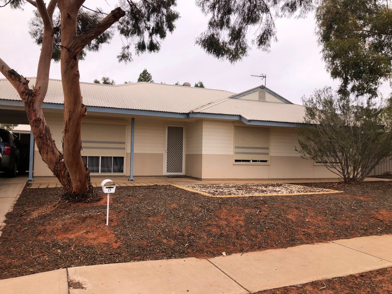 17 Aquila Blv, Roxby Downs, SA 5725