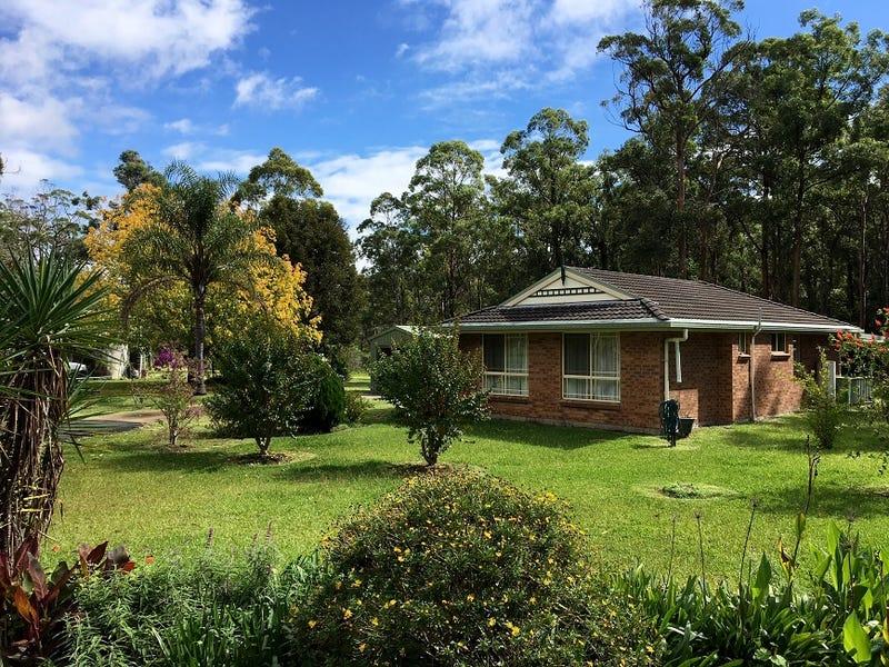 32 Deep Creek Road, Limeburners Creek, NSW 2324