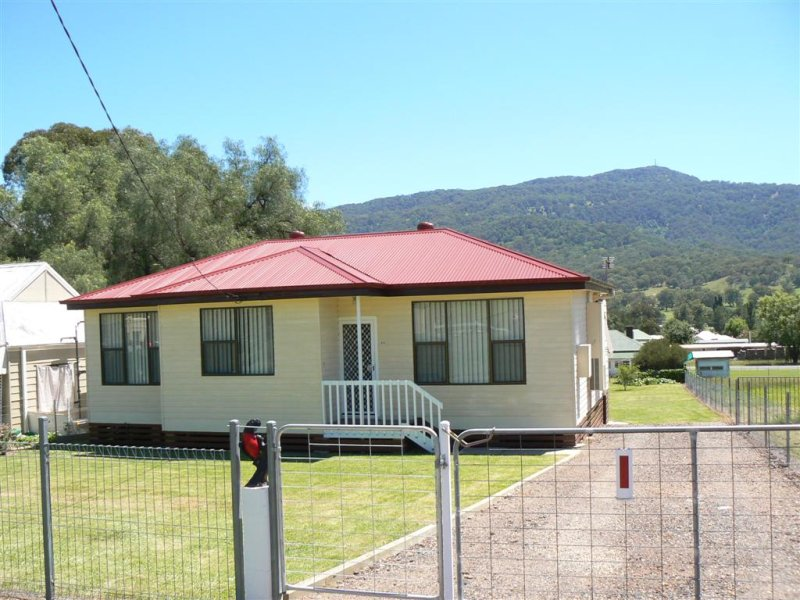 68. O'Connell, Murrurundi, NSW 2338
