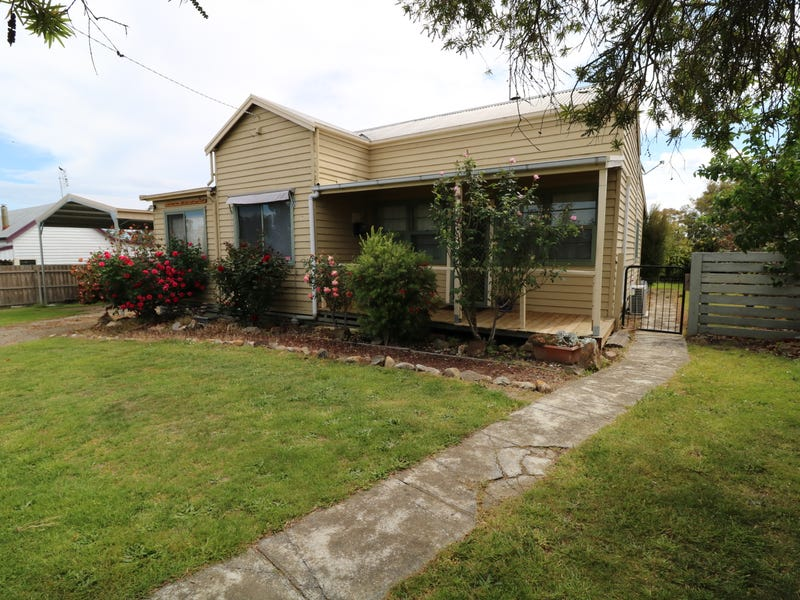 67 Gordon Street, Orbost, Vic 3888