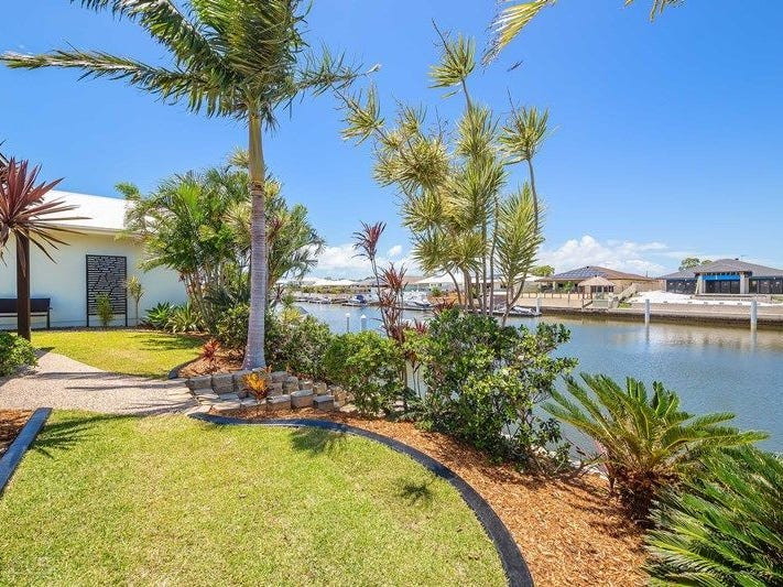 2/90 Kangaroo Avenue, Bongaree, Qld 4507