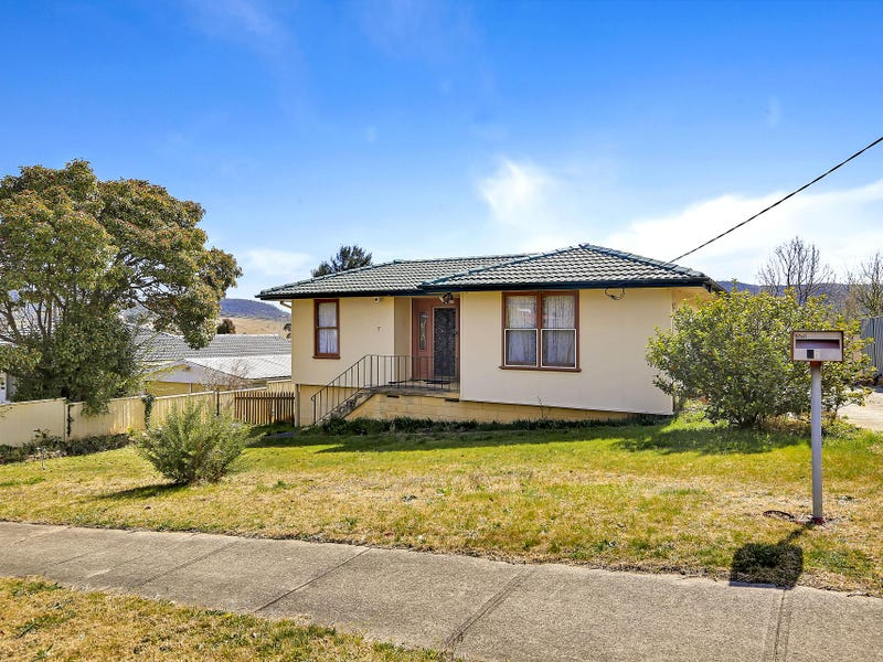 7 purcell Street, Lithgow, NSW 2790