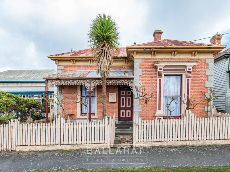 329 Armstrong Street, Soldiers Hill, Vic 3350