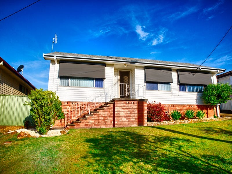 32 Buffier Crescent, Rutherford, NSW 2320