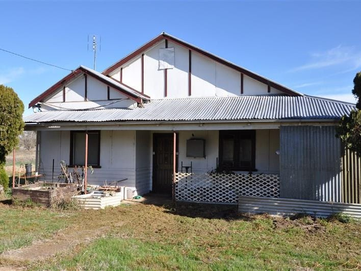 9 College  Road, Forbes, NSW 2871
