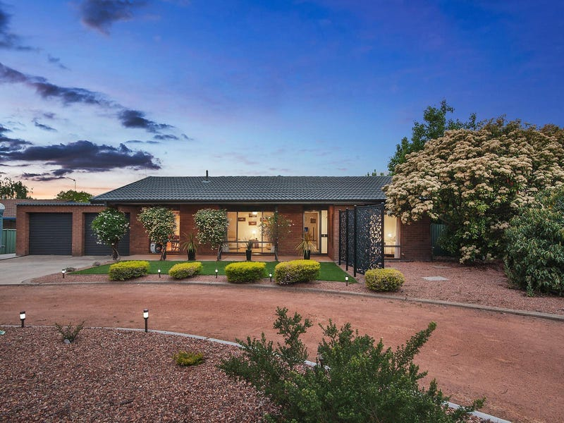 10 Australie Close, Gilmore, ACT 2905
