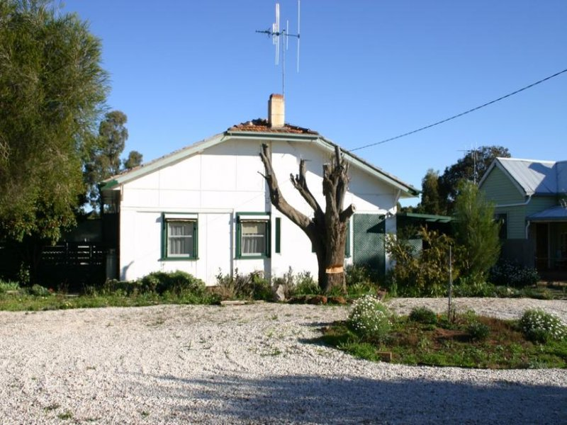 186 Best Street, Sea Lake, Vic 3533
