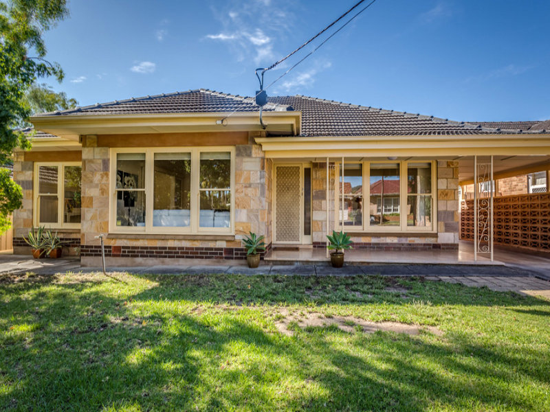 26 Surrey Crescent, Lower Mitcham, SA 5062