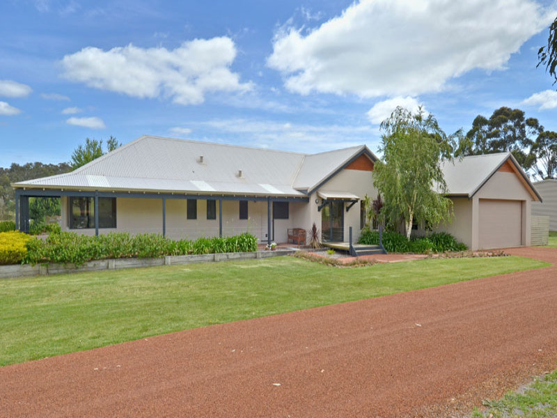 61 Willow Place, Willyung, WA 6330