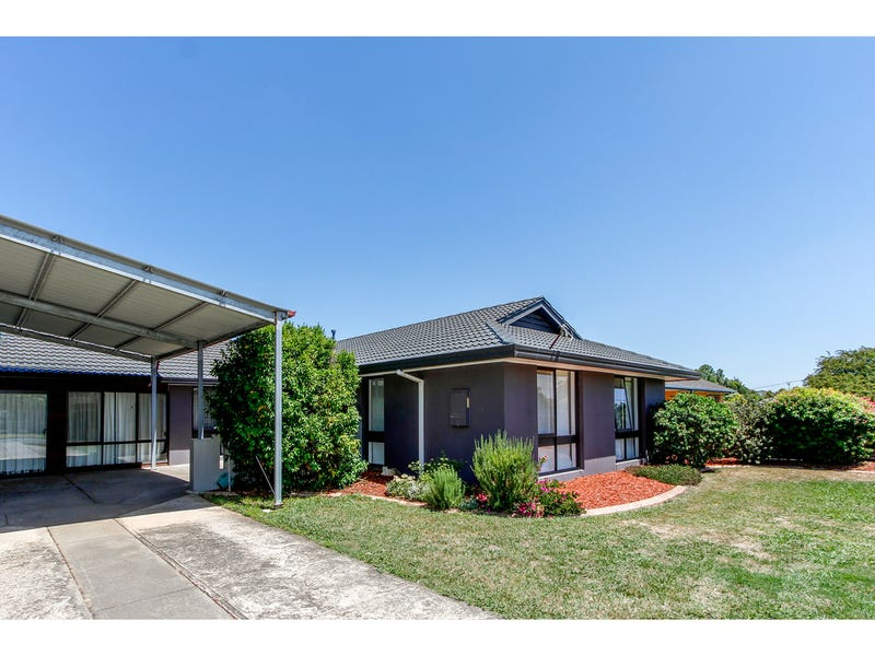 18 Hutchison Street, Sale, Vic 3850