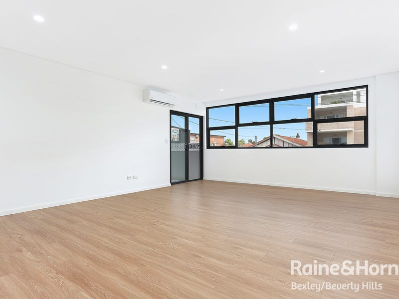 111/2A Cooks Ave, Canterbury, NSW 2193